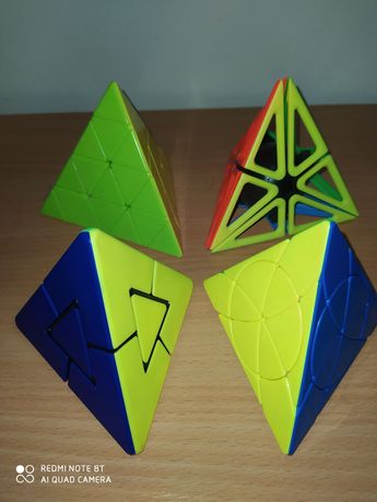 Cubos mágicos - Pyraminx 4x4 e Pirâmide pétala (círculo central)