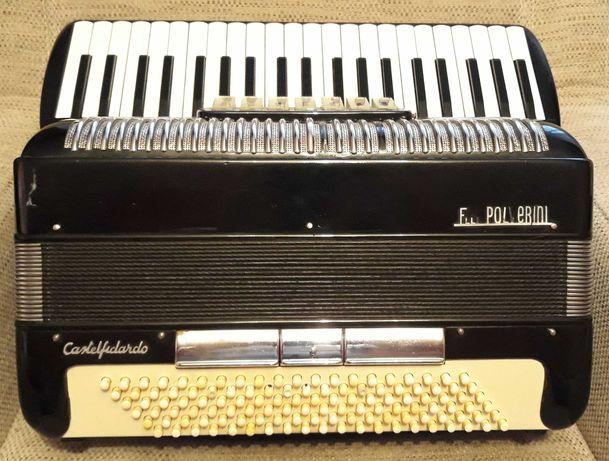 Akordeon Polverini 120 bas. Włoskie głosy.