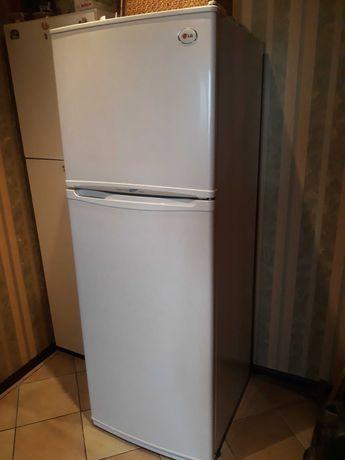 Холодильник LG GR T38SV