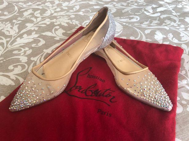 Sapatos Louboutin Tamanho 35