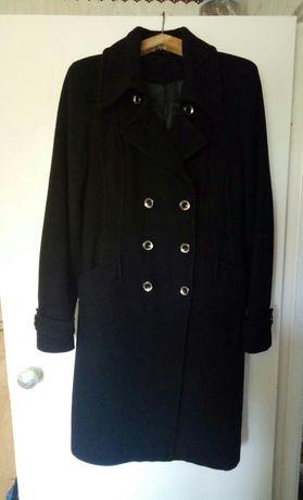 Продам черное кашемировое утепленое пальто. ТОРГ!