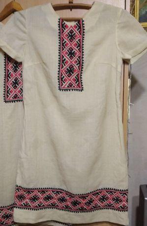 Платье льняное с вышивкой времен СССР (вышиванка)
