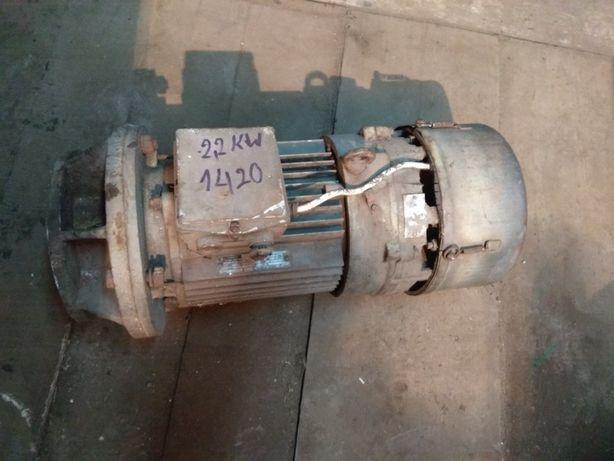 Silnik elektryczny 2,2kV z elektrosprzęgłem