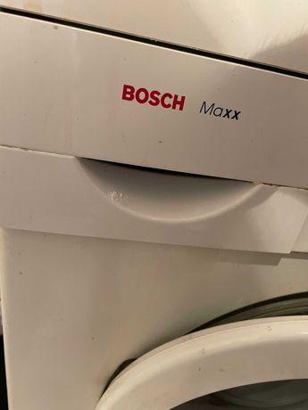 Sprzęt AGD – Lodówka, mikrofala, pralka, kuchnia