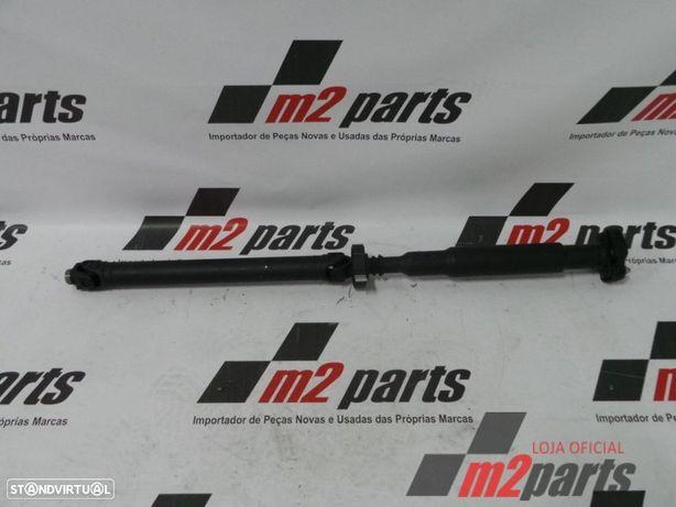 Transmissão Trás/Central BMW X3 (F25)/BMW X4 (F26) Cor Unica Semi-Novo