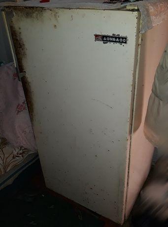 Холодильник Донбасс рабочий на запчасти советский времен СССР ретро