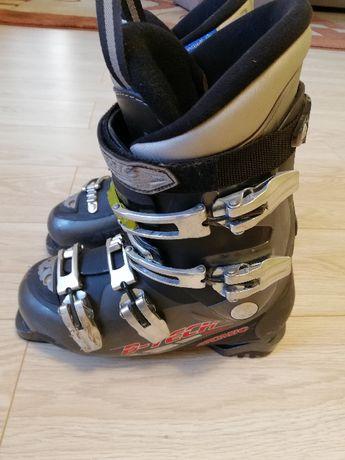 sprzedam buty narciarskie męskie rozm.26--27