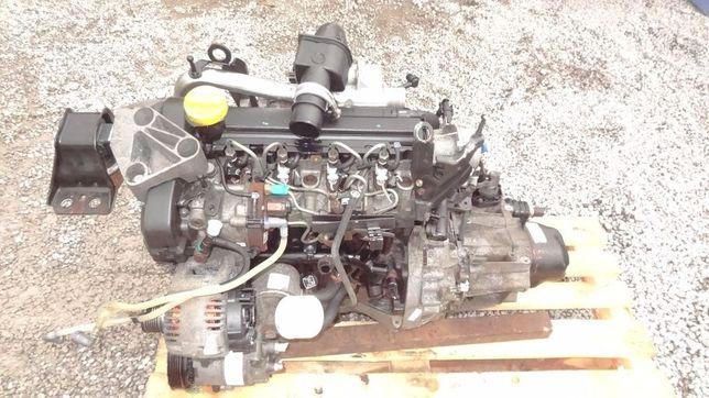 Silnik -słupek Renault MEGANE II 1.5 Dci KANGOO SCENIC II 2005 K9K