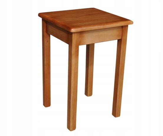 Stolik z drewna sosnowego lakierowany 59x59x75
