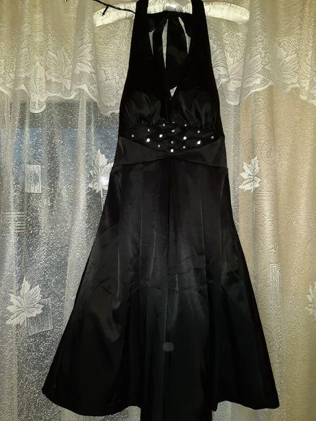 Коктейльное, вечернее, новогоднее, пышное платье VILA