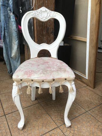 Krzesło do toaletki