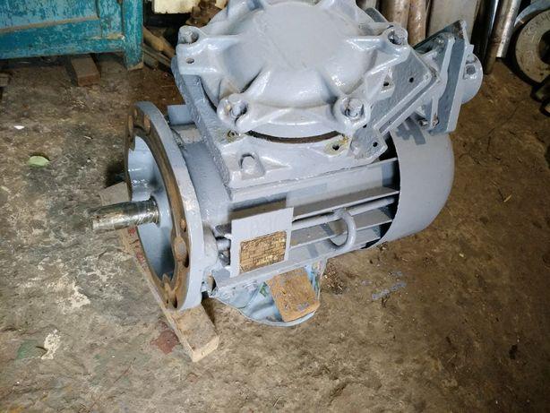 Электродвигатель ВАО 42-4 5,5 кВт!