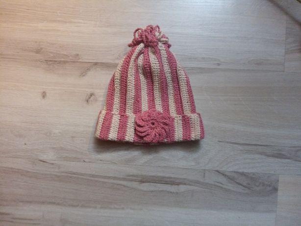 Cżapeczka bawełniana ręcznie robiona na szydełku