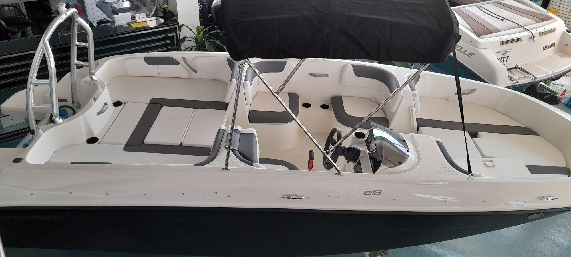 Barco BAYLINER E18  equipado com motor Mercury 115hp ELPT EFI