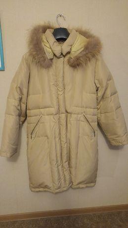 płaszcz długi beżowy zimowy ciepły rozmiar M