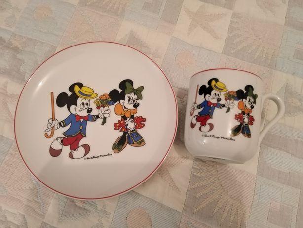 Conjunto de Prato mais Caneca da Disney em Porcelana