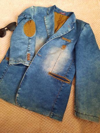 Продам крутий джинсовий піджак на хлопчика