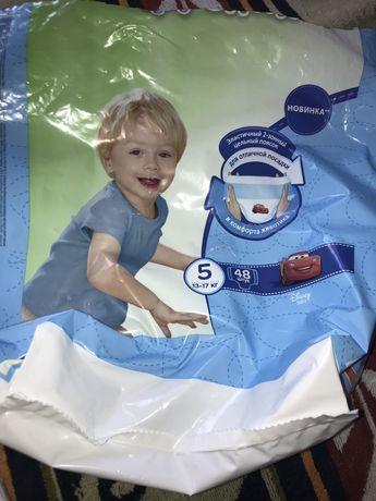 Подгузники-трусики Huggies для мальчика р.5 6 шт за 100 руб