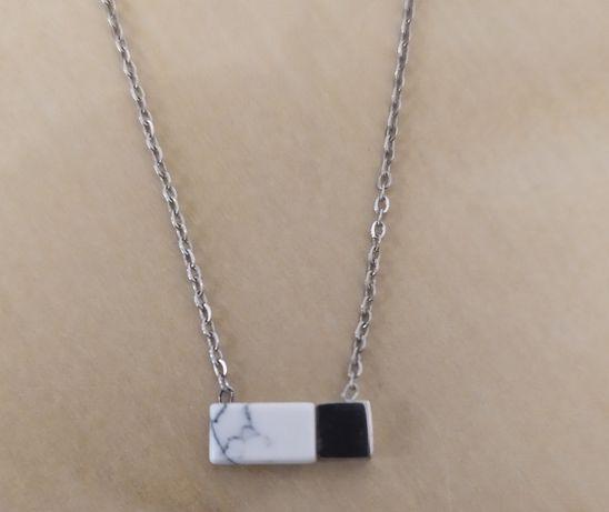 Colar em prata com efeito mármore (novo)