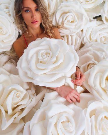 Róże wielkoformatowe na weselne dekoracje