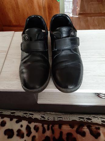 Кожаные туфли на подростка