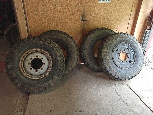 Opony terenowe koła felgi star KAMA 402 12.0 R20 wóz ciągnik sam