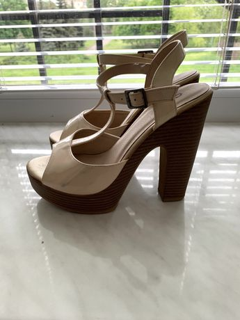 босоножки на каблуках размер 38