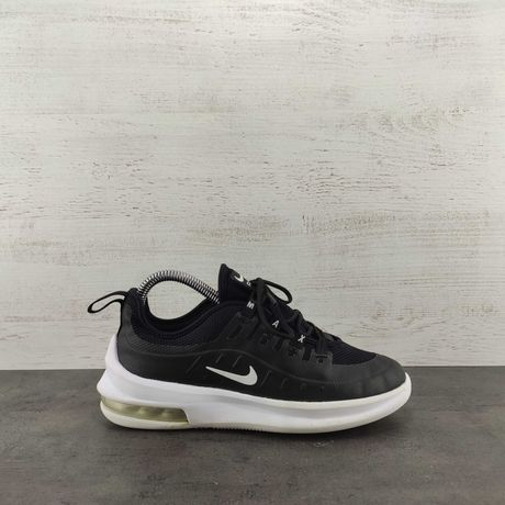 Кроссовки Nike Air Max Axis. Размер 34