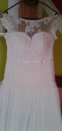 Piękna suknia ślubna,ręcznie wyszywana