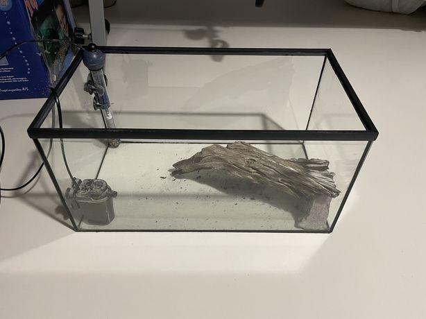 Akwarium/terrarium 35-40l z pełnym wyposażeniem