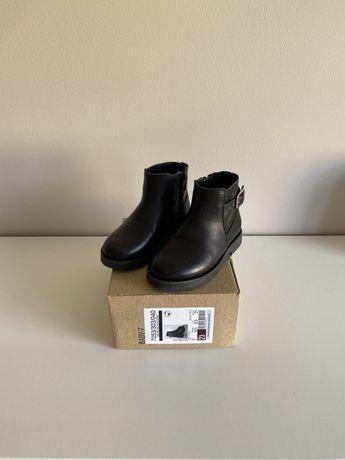 Czarne kozaczki Zara rozmiar 23