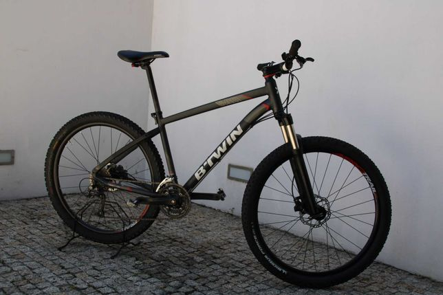 Bicicleta Rockrider de 2018, quadro tamanho L roda 27.5