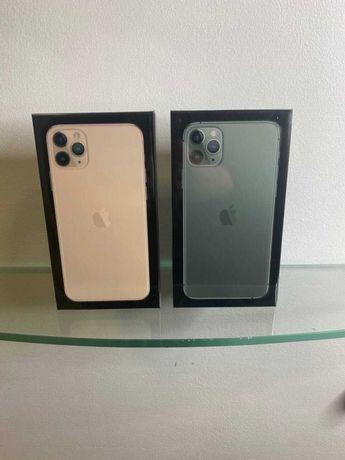 iPhone 11 pro max. Чехол и защитное стекло в подарок