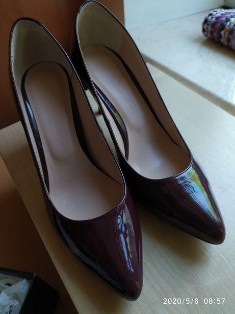 Новые красивенные туфли, от Кочеровской, размер 38