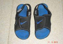 """sandálias menino """"Nike"""" nº 35"""
