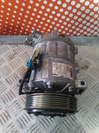 Compressor de A/C Alfa Romeo 159 1.9 Jtdm DIESEL de 2008  Ref 50510966