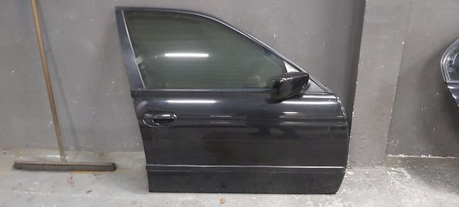 Drzwi prawy przód BMW E39 SEDAN SCHWARZ 2
