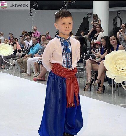 Украинский костюм. Шаровары, вышиванка