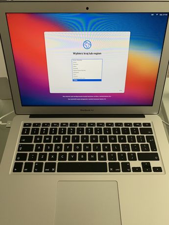 "Apple Macbook AIR 13,3"", I5, 8GB RAM , 128GB"