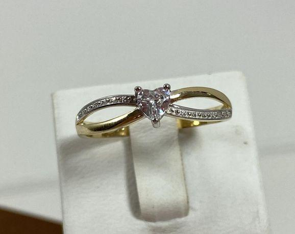 NOWY piękny złoty pierścionek 1,77g / 585 / r. 18
