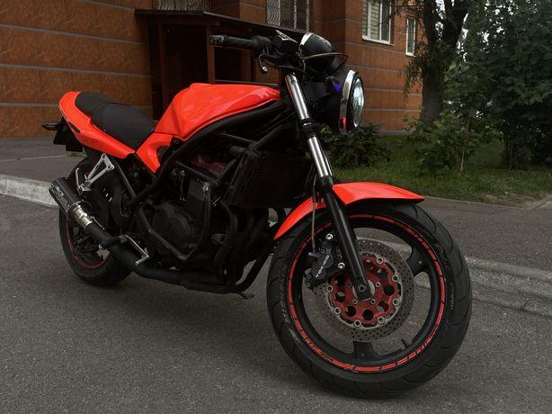 Suzuki Bandit 400 Красноголовый