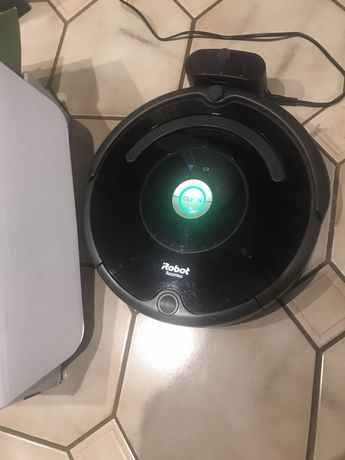 Robot automatyczny iRobot Roomba 671