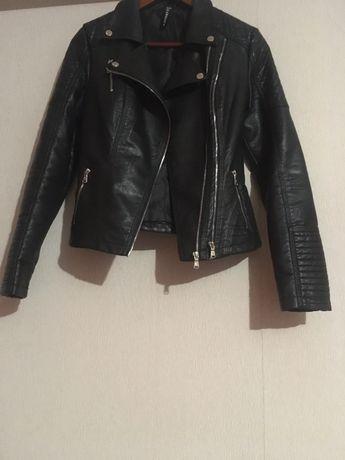 Куртка жіноча, косуха M