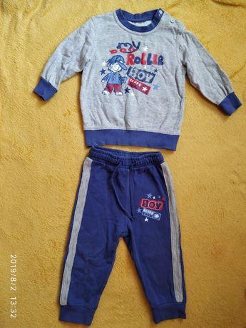 Модный тёплый спортивный костюмчик р.92 для сада