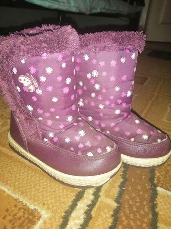 Зимние сапоги. Зимові чобітки. Дутики.