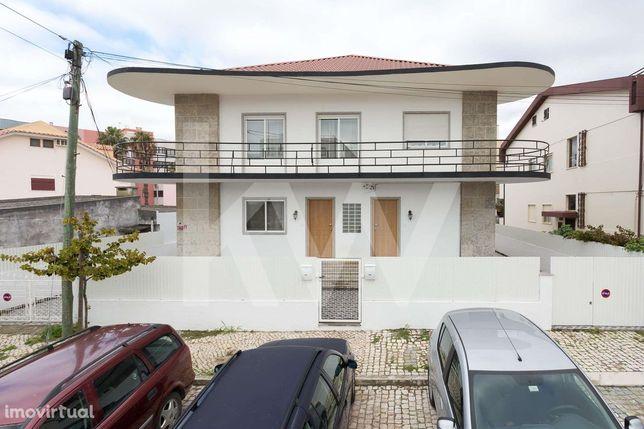 Moradia  T10 - Costa da Caparica - Excelente oportunidade para investi