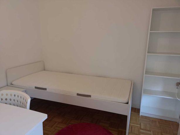 Aluga-se quarto perto do Hospital São João