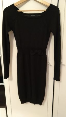 Sukienka 36 mala czarna