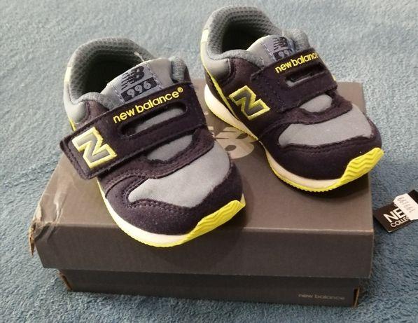 Buty dziecięce New balance r. 21.5