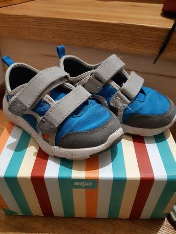 Buty na lato, tenisówki, półbuty typu softshel Bejo rozm. 23